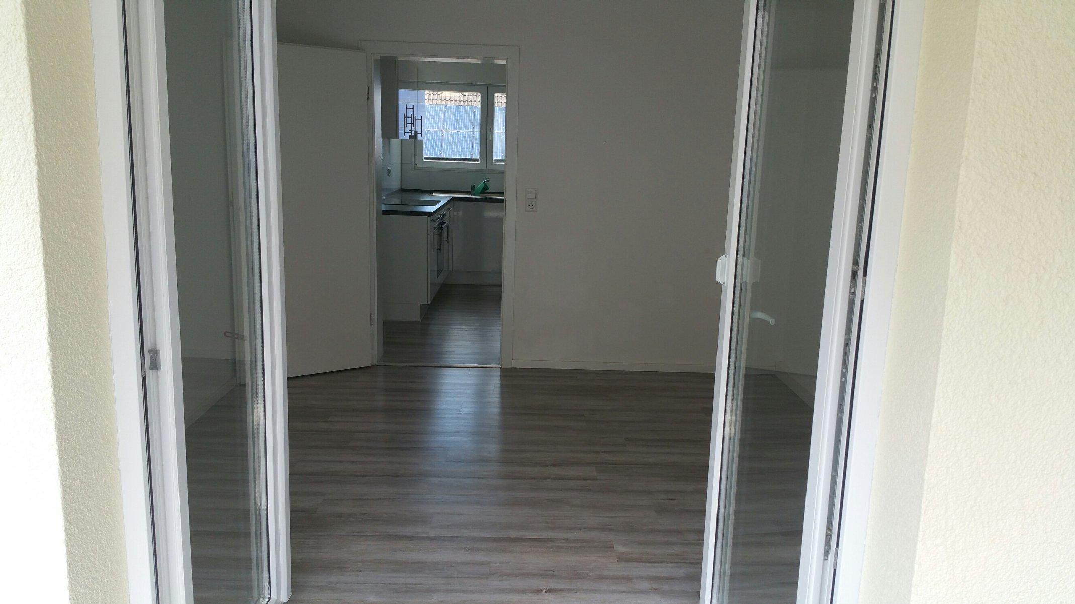 Beispielbild Wohnzimmer/Küche